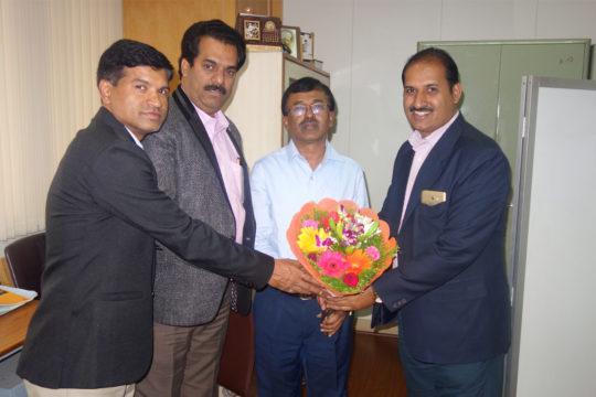 PIA Members Greeting Mr Swamy - KIDB Chief Development Officer