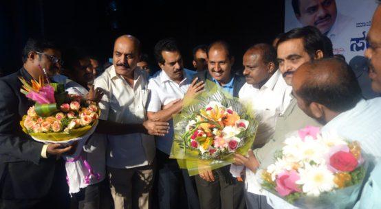 Sri HD Kumaraswamy with PIA President & Members